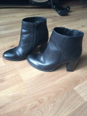 Schwarze Cox Ankle Boots