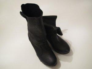 schwarze COX Stiefel