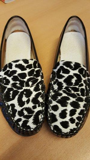 Schwarze Damen - Slipper mit Leopard Effekt