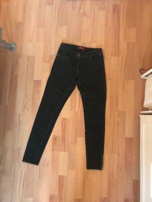 Schwarze/dunkelgraue Jeans von s.Oliver