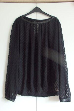 Schwarze, durchsichtige Bluse
