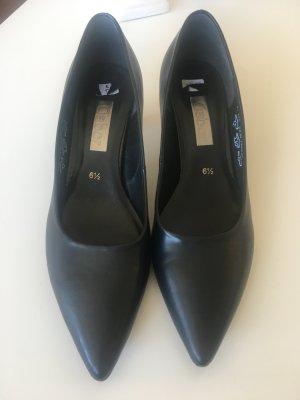 Schwarze echt Leder Pumps von Gabor - Gr 39,5