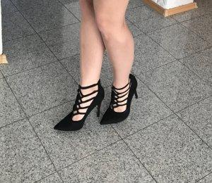 Schwarze elegante Absatzschuhe