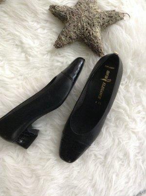 Schwarze elegante Damenschuhe / Gr. 8,5 / Ara / Echtes Leder