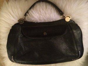 Schwarze elegante Handtasche von Aigner