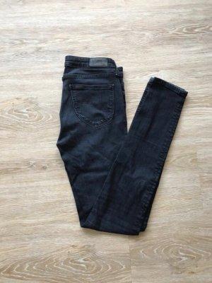 schwarze enge Lee Jeans 28/35, Modell Scarlett