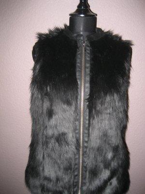 Schwarze Fake Fur Fellweste von Promod