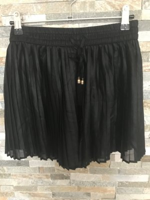 Bershka Pantalon court noir