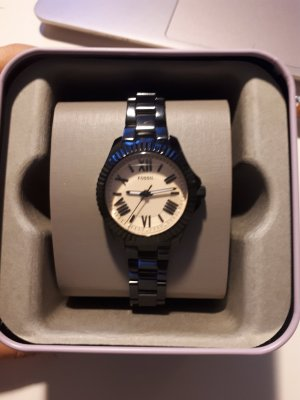schwarze Fossil Uhr
