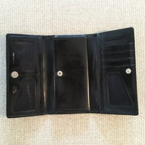 Portefeuille noir-argenté