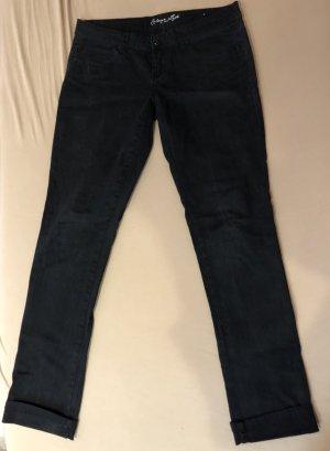 Schwarze gerade Jeans