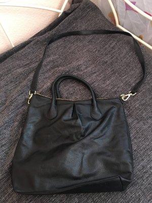 Schwarze geräumige Handtasche