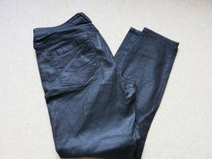 Schwarze gewachste Hose von EDC by Esprit