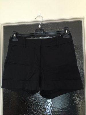 Schwarze glänzende Shorts | Hot Pants | Party