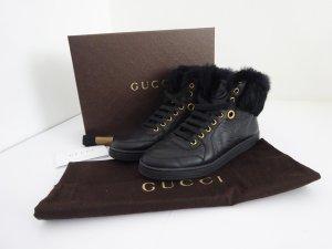 Schwarze Gucci Sneaker mit Pelzbesatz - wie NEU