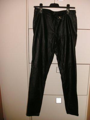 Schwarze H&M Lederhose