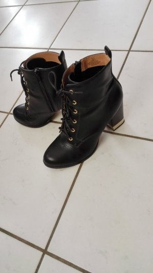 Schwarze H&M Stiefeletten ankle boots zum Schnüren Größe 41 mit goldenen Details