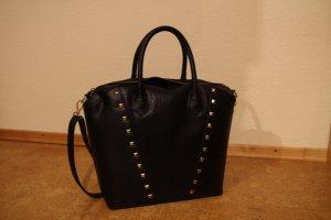 schwarze H&M Tasche mit Nieten