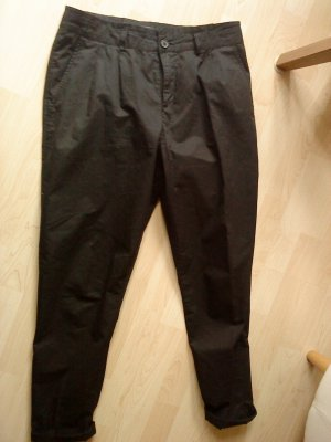 schwarze Haight Waist Chinohose in 38