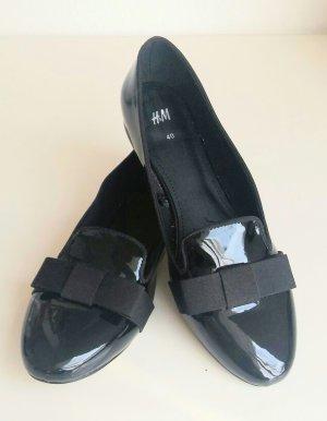 schwarze Halbschuhe aus Lack von H&M