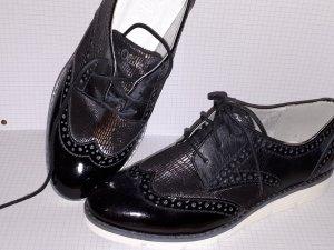 s.Oliver Chaussures basses noir