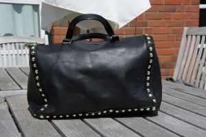 schwarze Handtasche mit Nieten - Zara