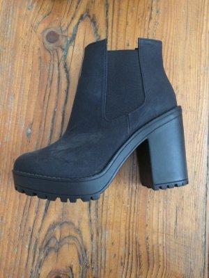 schwarze high heel Stiefel H&M
