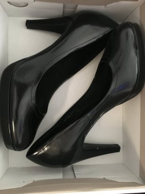 Schwarze High Heels NEU