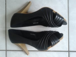 Schwarze High Heels / Peeptoes