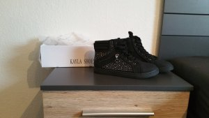 schwarze High Sneaker