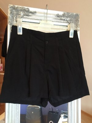 Schwarze High Waist Shorts