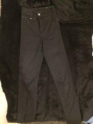 Schwarze High Waisted Jeans