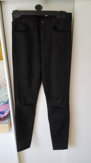 Schwarze Highwaisted Hose mit Rissen von Zara Größe 38 M
