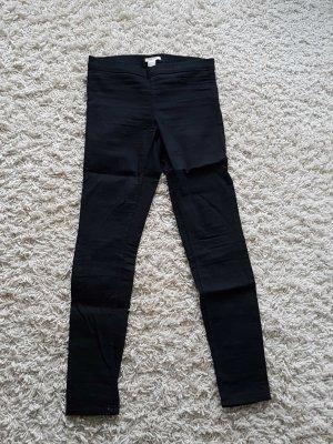 schwarze Highwaisthose