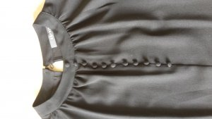 Schwarze hochgeschlossene Bluse von Esprit Gr. 38