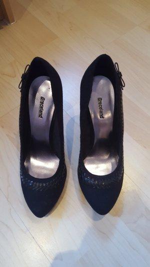 schwarze hohe High Heels