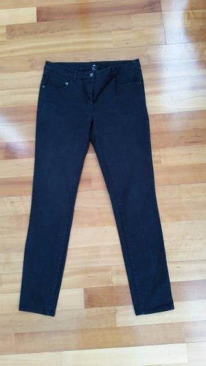 Schwarze Hose * Röhre * von H&M