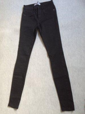schwarze Hose/Skinnyhose/Röhrenhose von Only - Gr. S