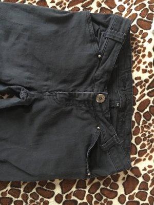 Schwarze Hose von Amisu