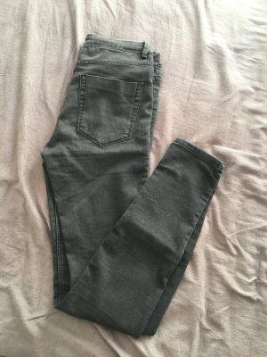 Schwarze Hose von Zara