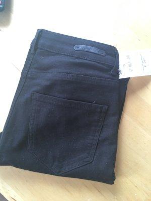 schwarze Hose von Zara - neu -