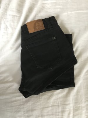 Fishbone Short moulant noir