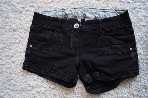 Schwarze Hotpants Gr.38/40 Sublevel