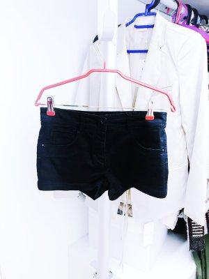 Schwarze Hotpants von H&M