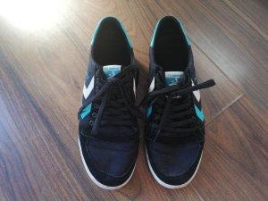 Schwarze Hummel Sneaker