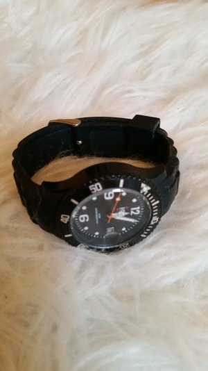 schwarze ice watch :)
