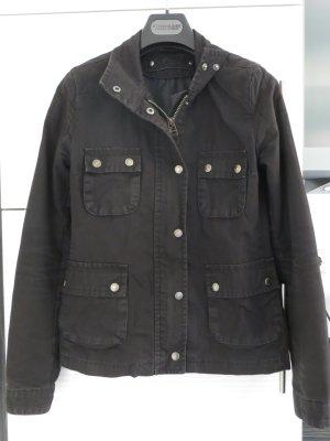 schwarze Jacke, Größe S