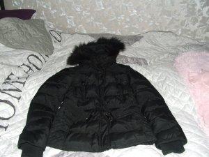 schwarze jacke mit fellkaputze angeboten