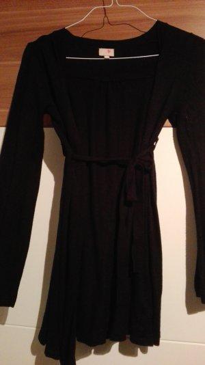 Schwarze Jacke mit Gürtel
