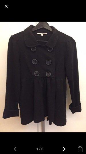 Schwarze Jacke mit Knöpfen